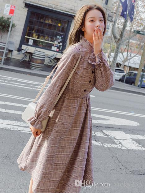 55ef9231cf Young Girl With Vintage Dresses And Accordion Pleats Cotton And Linen Grid  Long Sleeve Crew Neck Juniors Cocktail Dresses All White Maxi Dress From  Vicky233 ...