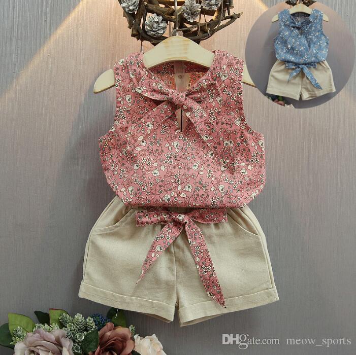 9461555237b5c Acheter Grosses Soldes! 2018 Bébé Fille Vêtements Floral De Mode De Bande  Dessinée Filles D été Ensemble Vêtements Bébé Costumes Enfants T Shirt +  Pantalon ...