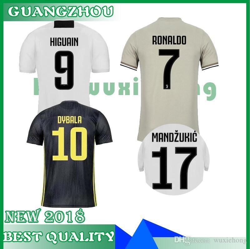 Top Tailandia RONALDO Juventus 2019 Camisetas De Fútbol En Casa Lejos  DYBALA 18 19 Kit De Fútbol Camisa Ventiladores Versión De Jugador Mujeres  Campeón De ... ece5ef6d00f5c