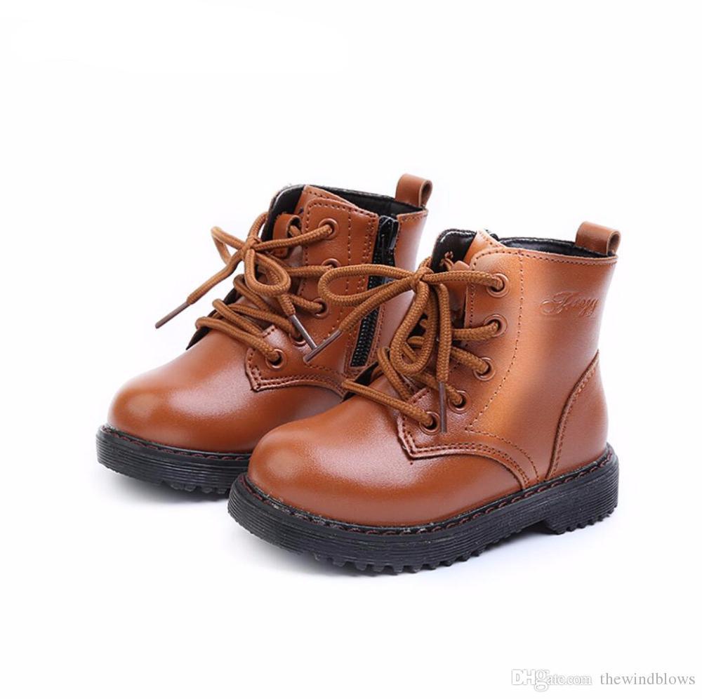 492a6903eca Compre Niños Niñas Botas De Moda Botines Para Niños Niños Zapatos Casuales  De Martin Botas Pequeñas De Invierno Para Niños Pequeños A $33.51 Del ...