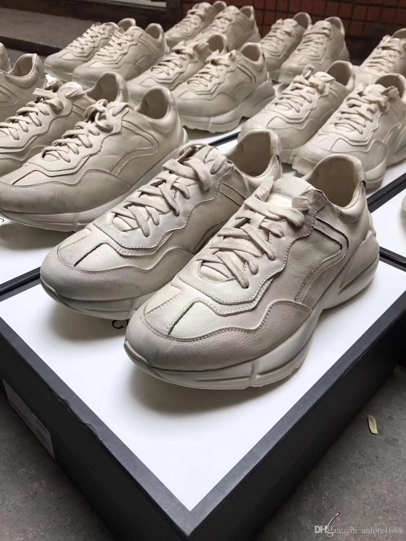 dd5dc5b2242f Acheter Vintage Hommes Femmes Casual Sport Chaussures Rhyton En Cuir  Baskets Unisexe Stripe Trainer Blanc Creepers Chaussures Taille 35 45 De   95.44 Du ...