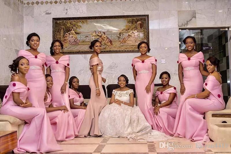 2018 rosa da dama de honra vestidos fora do ombro africano vermelho flores sereia frisada faixa longo preto menina dama de honra festa de casamento vestidos de baile