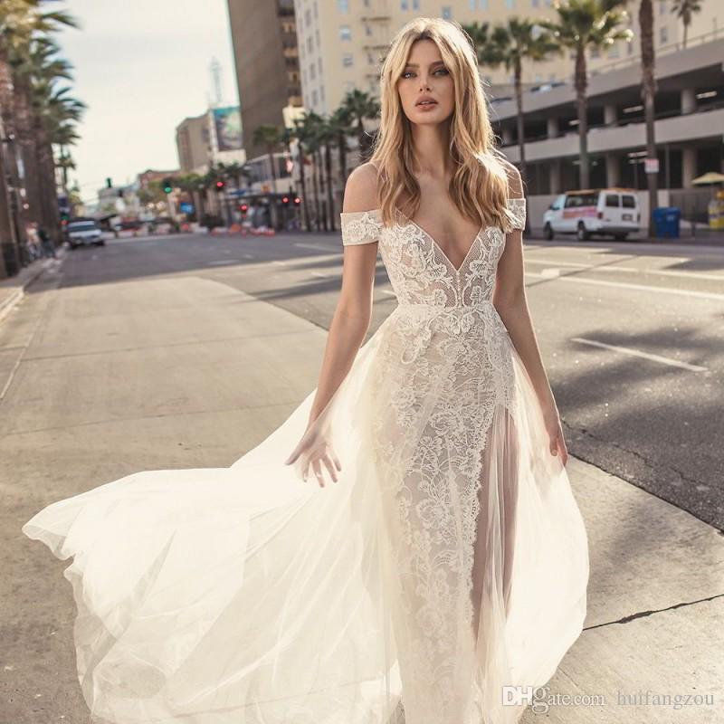 Muse By Berta 2018 robes de mariée sexy spaghetti épaule dentelle appliques robes de mariée d'été plage haute robe de mariée split