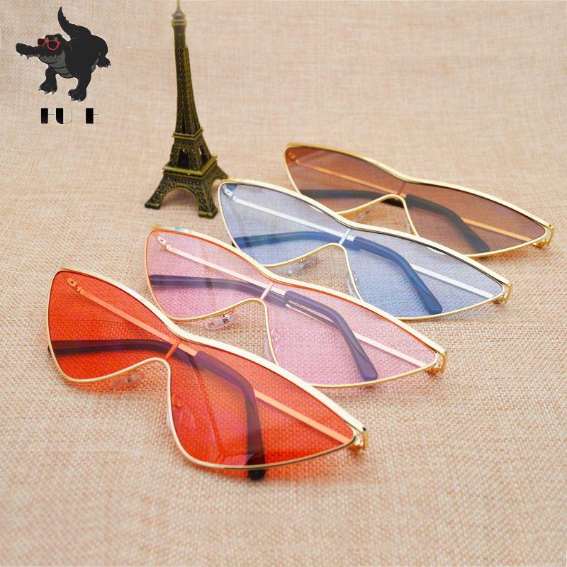 Acheter Fu E2018 Mode Métal Cadre Petit Triangle Pièce Lunettes De Soleil  Femmes Marque Designer Lunettes Sexy Cat Eye Lunettes De Soleil Hommes  Uv400 De ... e3c6b14e399b