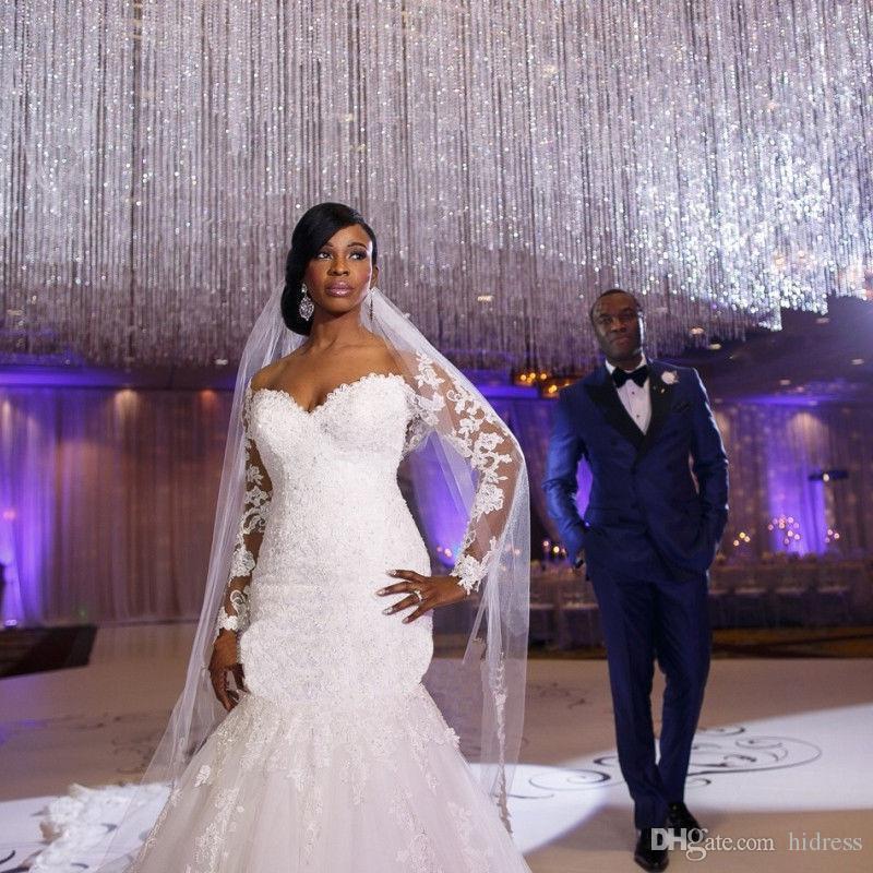 Africano fuera del hombro mangas largas de encaje de cola de pescado falda apliques de encaje por encargo de la sirena vestidos de novia vestido de novia más tamaño