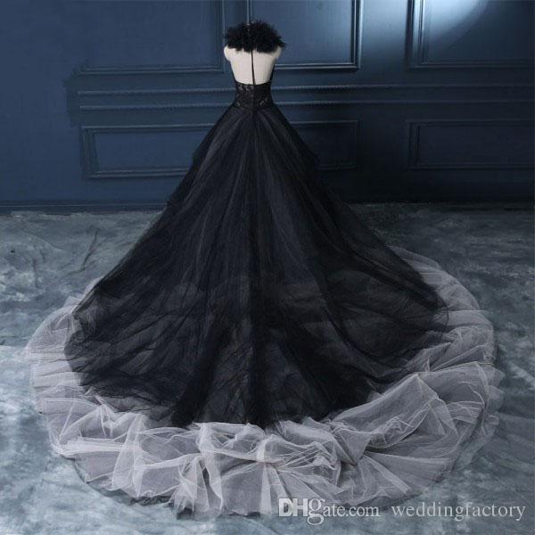 Jahrgang 2019 schwarz und weiß Elfenbein Hochzeitskleid Gothic V-Ausschnitt ärmellose Spitze Applikationen Tüll Rock Brautkleider Rüschen