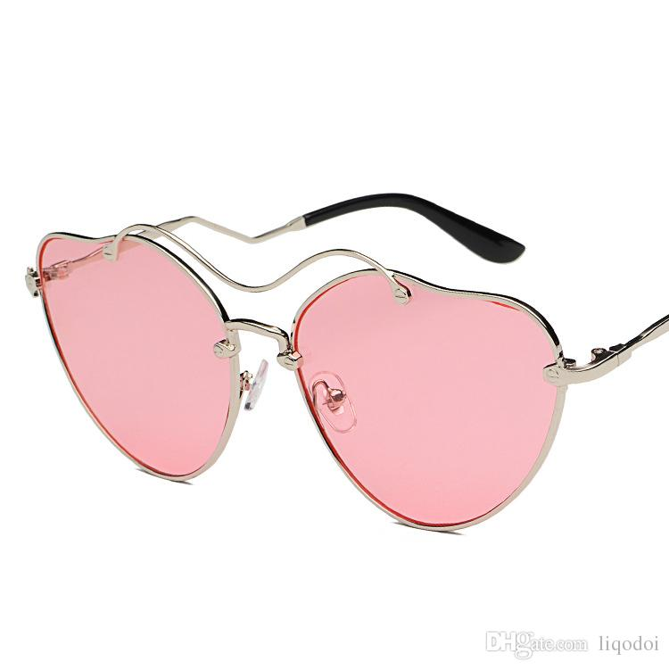 e8bc41bad21d2 Fashion Heart Shaped Sunglasses Women Metal Frame Reflective Lens Sun  Protection Sunglasses Female Mirror Eyewear UV400 Sunglasses Shop Bolle  Sunglasses ...