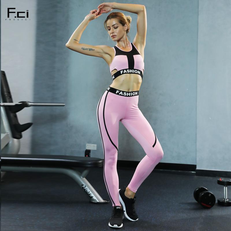 Compre Frecici 2 Unids Mujeres Conjuntos De Yoga Fitness Pink Sport Bra +  Pantalones De Yoga Leggings Conjunto De Gimnasia Correr Traje De Deporte  Conjunto ... d63289d53868