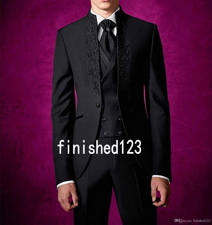 041bf3a2dd72 Compre Diseño Elegante Un Botón Esmoquin Novio Negro Stand Collar Padrinos De  Boda El Mejor Hombre Trajes Trajes De Boda Para Hombres Chaqueta +  Pantalones ...