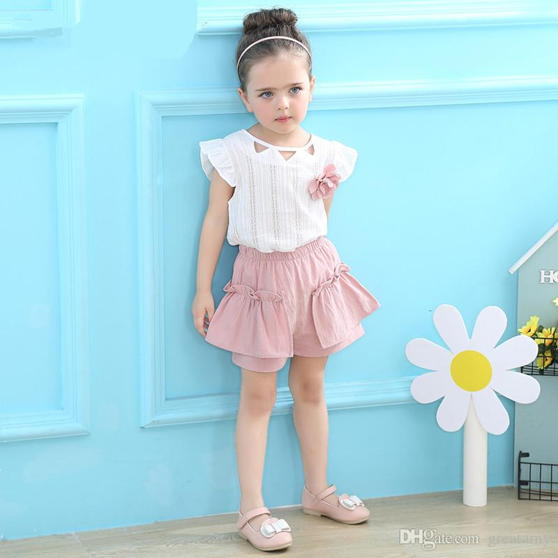 Girls' round collar flying sleeves T-shirt with flower+ shorts two pieces clothes set children outfits kids boutiques suits