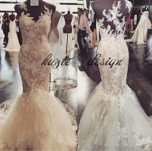 Image réelle Robes de mariée sirène en dentelle Appliques Couture 2018 Sheer Back Jewel Balayage Train Trompette Jardin Château Robe De Mariage