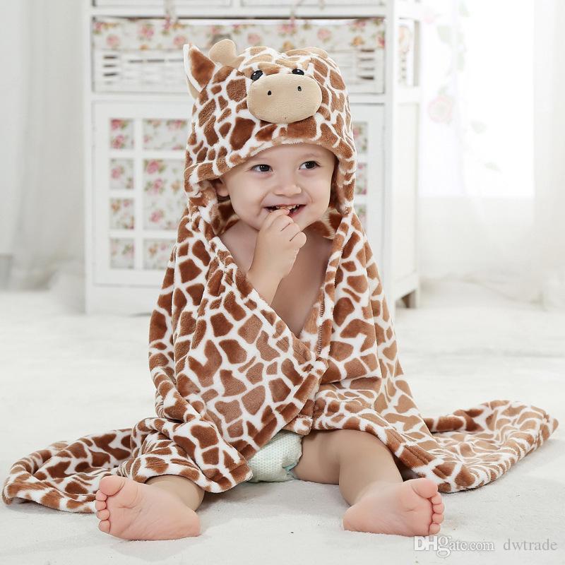 Diseños de bebé 9 franela de dibujos animados capa moldeada Absorbente albornoz con capucha con lindos animales sombreros Capa de capa única de los niños capa de retención