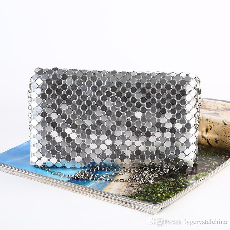 New sequined dinner bag Pure manual Rolled aluminum dress bag Chain evening bag Magnetic buckle open style silver color
