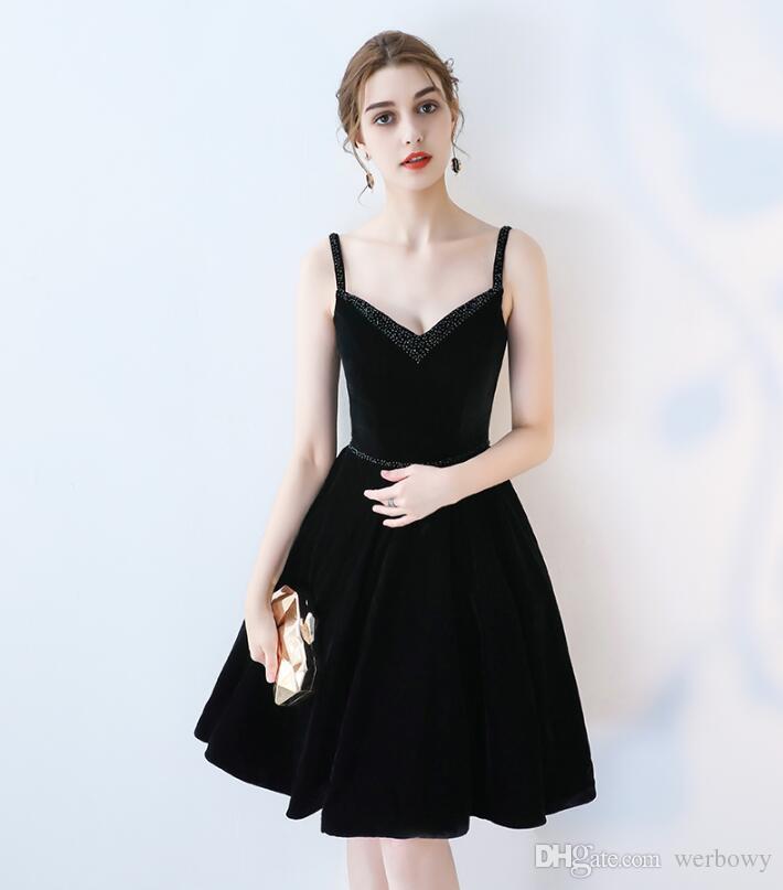 2019 alta calidad nuevos vestidos de noche formales con cuello en V correa de terciopelo negro con cuentas hechas a mano de regreso a la escuela vestidos de fiesta bola HY092