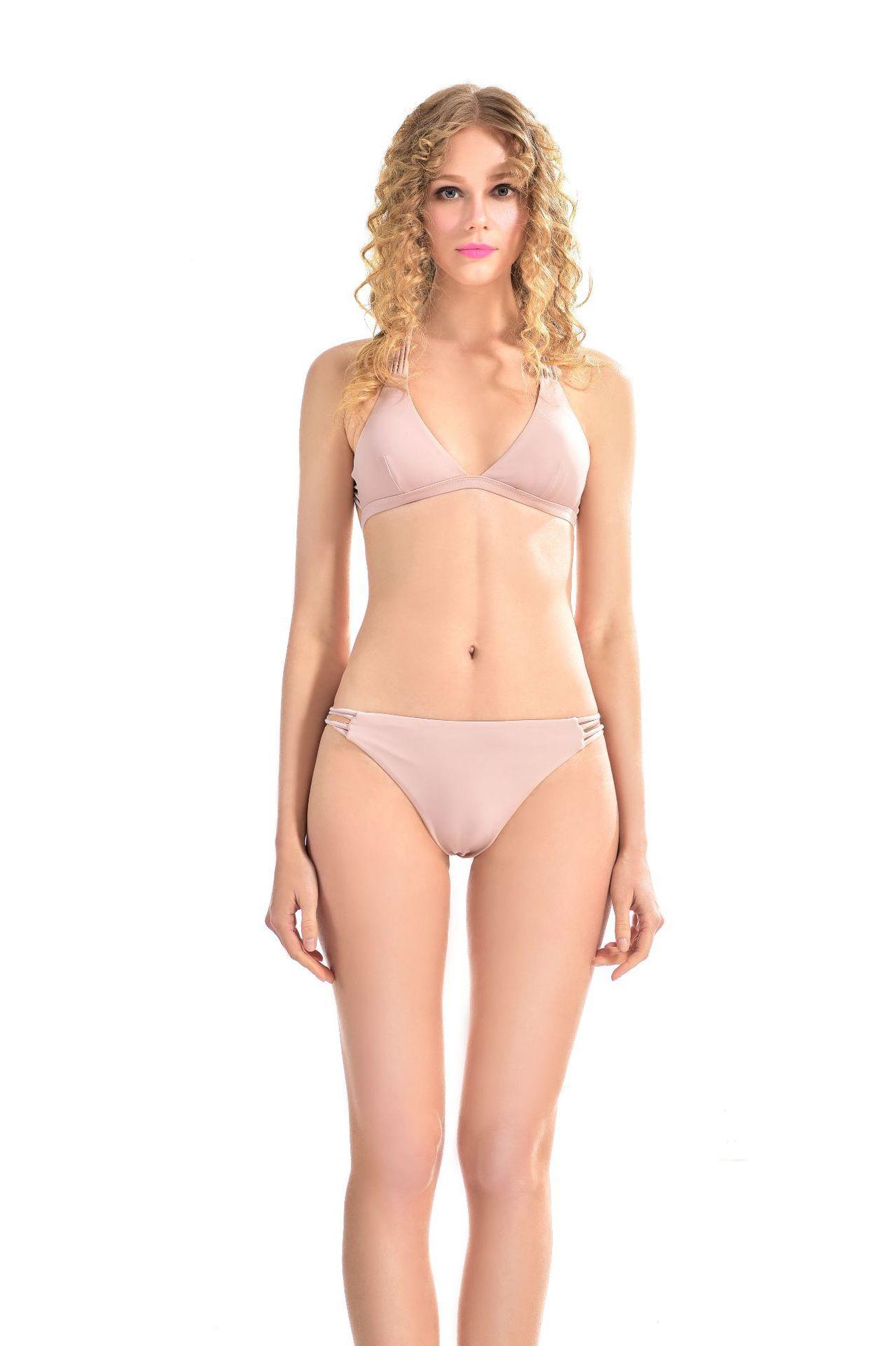 999a7daaa Compre Nuevo Estilo De Lotus Desnudo De La Primavera Caliente Triángulo  Bikini Traje De Baño Conservador Del Estudiante A  13.56 Del Gudindevenus