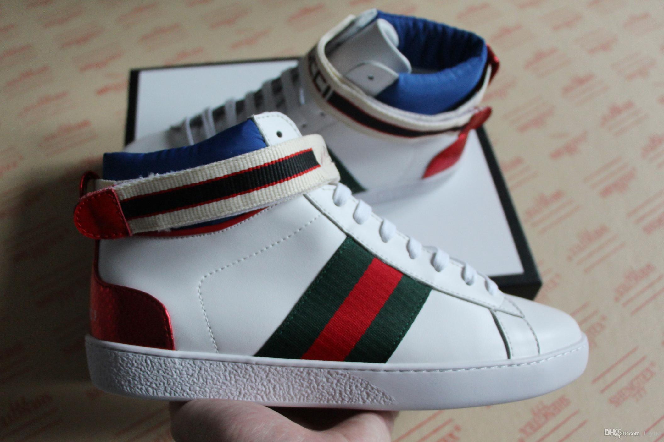 e7e53aeea8f2 2018 neue Mode Herren Designer Schuhe weiß schwarz Jacquard Streifen Ace  High-Top mit grünen und roten Web Sneaker für Männer, Frauen