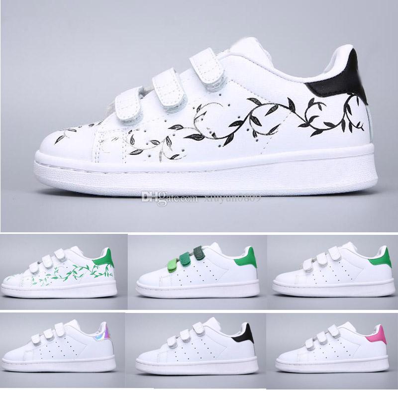b24f75119e Compre 2018 Adidas Stan Smith Superstar Crianças Superstar Sapatos Original  Ouro Branco Do Bebê Crianças Superstars Tênis Originais Super Star Meninas  ...