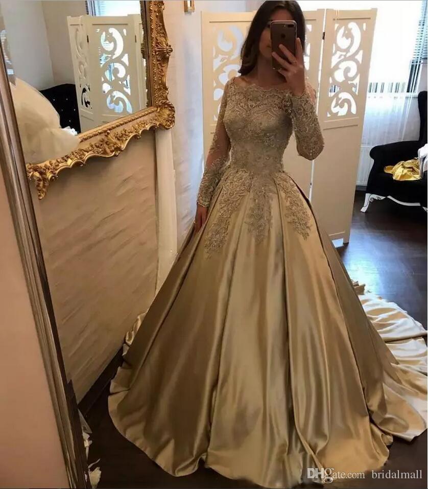 Gold Aplikacja Suknia Balowa Quinceanera Suknie z długim rękawem Sweep Pociąg Satynowy Prom Dresses Sweet 16 Vestidos de Quinceañera Formalny Korant