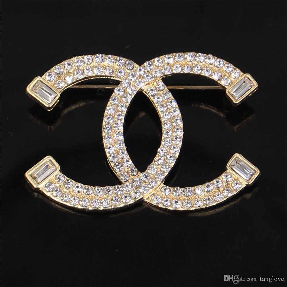 2018 Unisex Fashion Europe And America Luxury Designer Pins Brooches ... e849bed40456