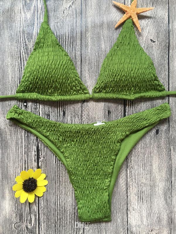 / set all'ingrosso donne sexy Crochet Bustino Crop Tops Estate Beachwear scava fuori del bikini della cinghia del reggiseno della maglia delle parti superiori a collo alto-triangolo Halter sexy