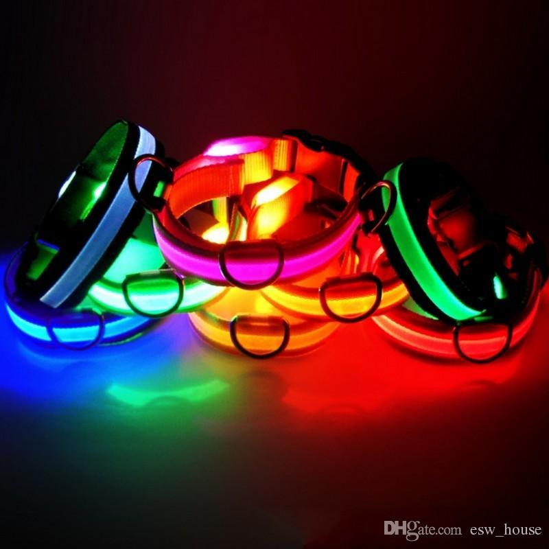 Nueva moda LED Nylon Dog Collar Dog Cat Harness Intermitente Luz Noche Seguridad Collares para mascotas multi color XS-XL Tamaño Accesorios de Navidad