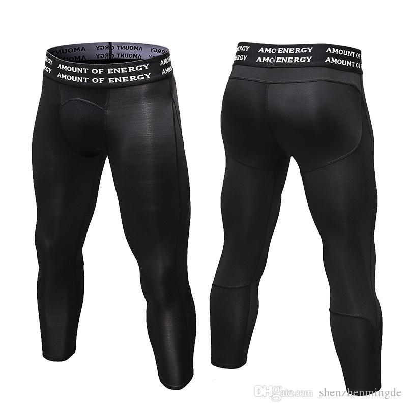 Compre 2017 Nuevos Hombres 3 4 Leggings Gimnasio 3 4 Leggings Nueva  Compresión Medias Deportivas Pantalones De Chándal Para Hombres Corriendo Secado  Rápido ... ae960334ce5f