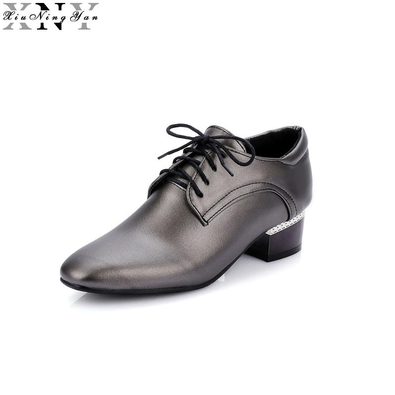 0382dd03730 XIUNINGYAN Women Leather Brogue Shoes Spring Autumn Brand Pointed Toe  Women S Flats Fashion Ladies Elegant Loafers Soft Oxfords Leather Shoes For  Men Mens ...