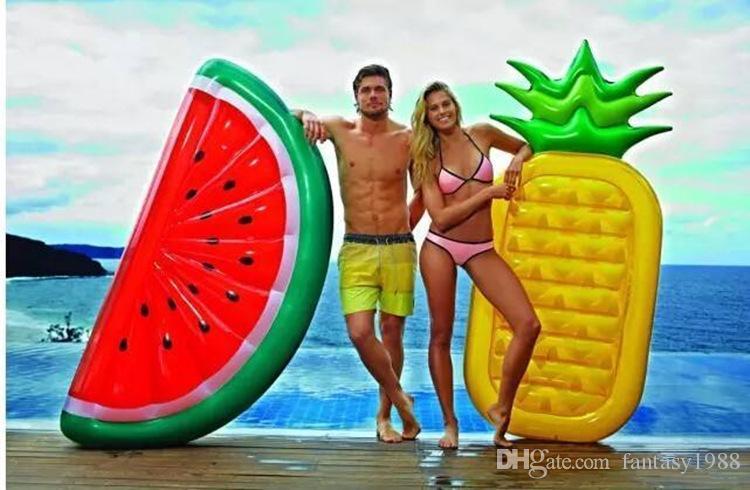 Sommer Riesige Aufblasbare Schwimmende Luftmatratzen Wassermelone Regenbogen Ananas Schwimmende Bett Party Float Aufblasbare Rohre Schnelles Verschiffen