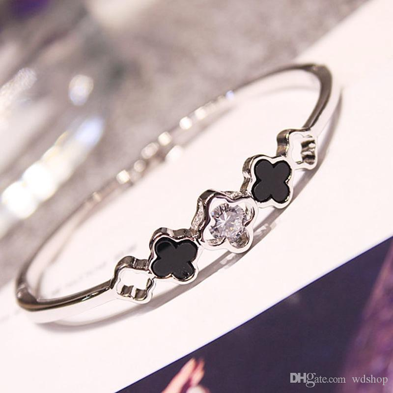 Lucky Four-Leaf Clover High-End Bangle Bracelets Prong Shiny White Diamond Silver Gold Color Fashion Fine Jewelry Gift For Women