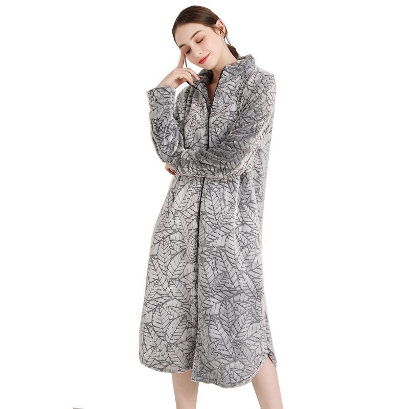 2019 Plus Size Bathrobe Men Women Flannel Robes Oversized Thick Warm Winter  Bath Robe Long Couples Homewear Soft Bata Hombre 100KG From Lucu 84b1fcd26b