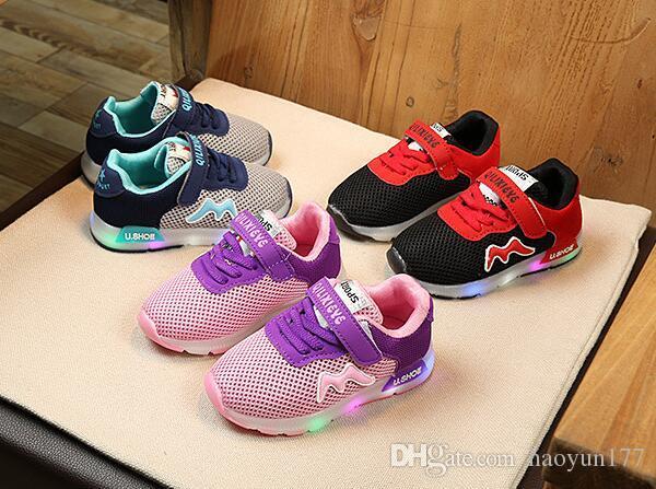e1f4ee9b074 Compre Sapatilhas Luminosas 2018 Tenis Led Infantil Crianças Sapatos Com  Sapatilhas Luz Luminosa Bebê Da Criança Menino Meninas Calçado De  Haoyun177