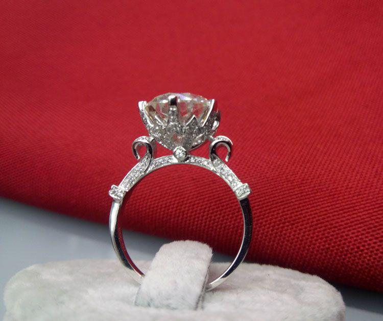 Superbe bague de fiançailles de 5 ct pour femmes bijoux en argent sterling 18 carats plaquée en or blanc sans fade anneaux ronde bague de diamant synthétique SONA