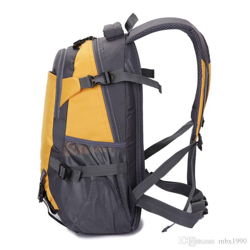 Yeni Açık Ultralight Yüksek Kapasiteli Sırt Çantaları Yürüyüş Sırt Çantası Okul Çantaları Çok Fonksiyonlu Paket Snapsackpacks Spor Sırt Çantası Seyahat Çantaları
