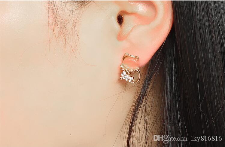 New style Diamond insert jewelry Earrings design crystal stud Cat's eye stone Earrings Little cat shape Not fading zircon Ear Studs