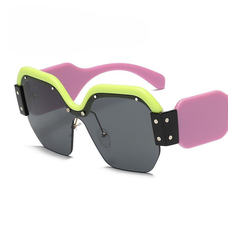be8db62bc Compre Sorte Leão Oversized Quadrado Óculos De Sol Das Mulheres Lentes De  Design Da Marca Óculos De Sol Feminino Cinco Cores Grande Quadro De Óculos  De Olho ...