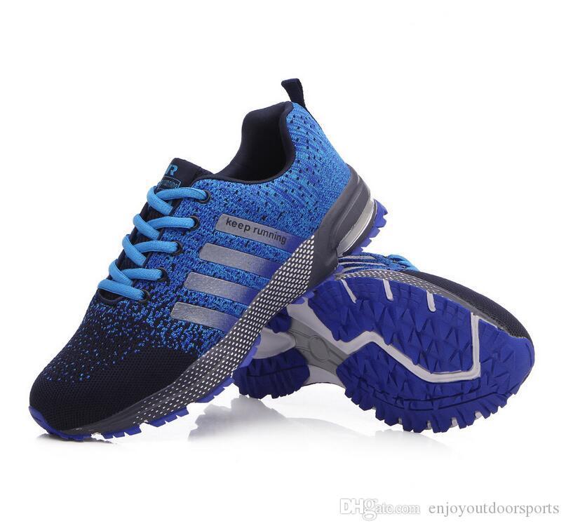online store 2a939 a5009 Acheter 2018 Hommes Femmes Designer Chaussures De Course Pour Hommes Femmes  Baskets De La Mode Sport Sport Trainers Chaussure Randonnée Jogging Marche  En ...