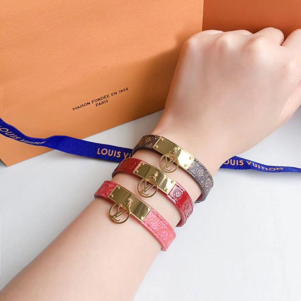Name Brand Bracelets: Top Brand 316l Titanium Steel Bangle Brand Name For Women