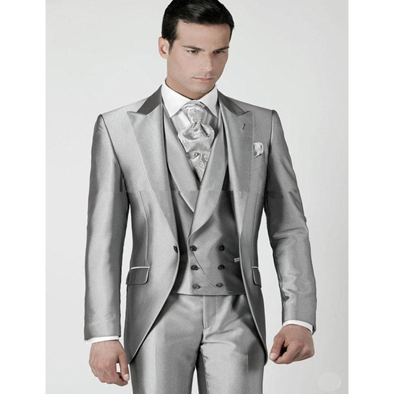 ae57325c4d798 Compre 2017 Terno Slim Fit Silver Prom Novio Para Hombre Traje De Esmoquin  Jacket + Pants + Chaleco Por Encargo Trajes De Boda Para Hombre Trajes De  ...