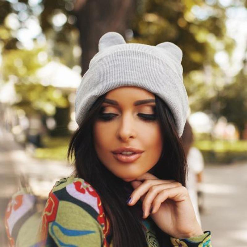 426fd0e33d7 New Style In Autumn 2017 Women Knit Winter Warm Ski Crochet Slouch Hat Cap  Cat Ear Beanie Oversized Hat Hats For Sale Hats Online From Arrowhead