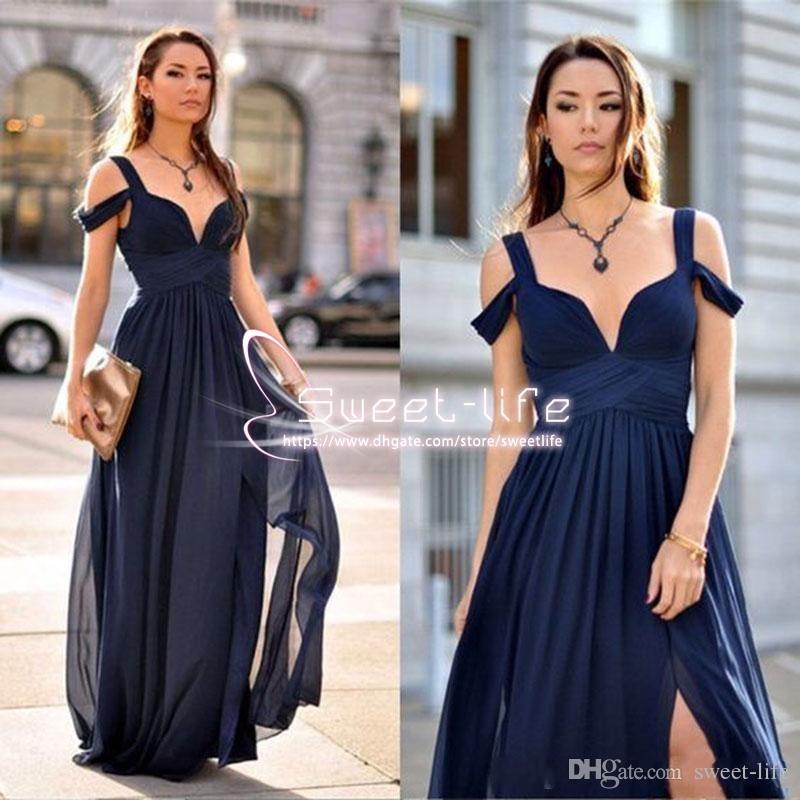 ac06181226c28 Acheter 2018 Nouvelles Robes De Bal Bleu Marine Une Ligne Plongeant Col En V  Côté Robes De Demoiselle D honneur Divisées En Mousseline De Soie Formal  Custom ...
