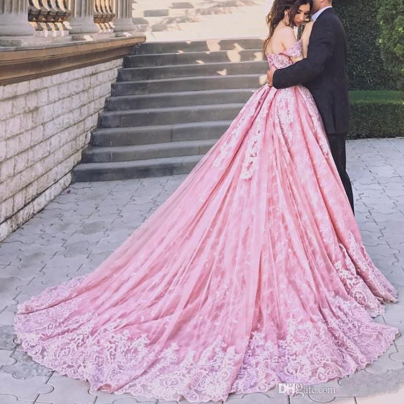 2018 rosa vestido de baile vestidos de baile fora do ombro rendas apliques cap mangas espartilho volta longo vestidos de festa vestido de noite glamourosa arábia saudita