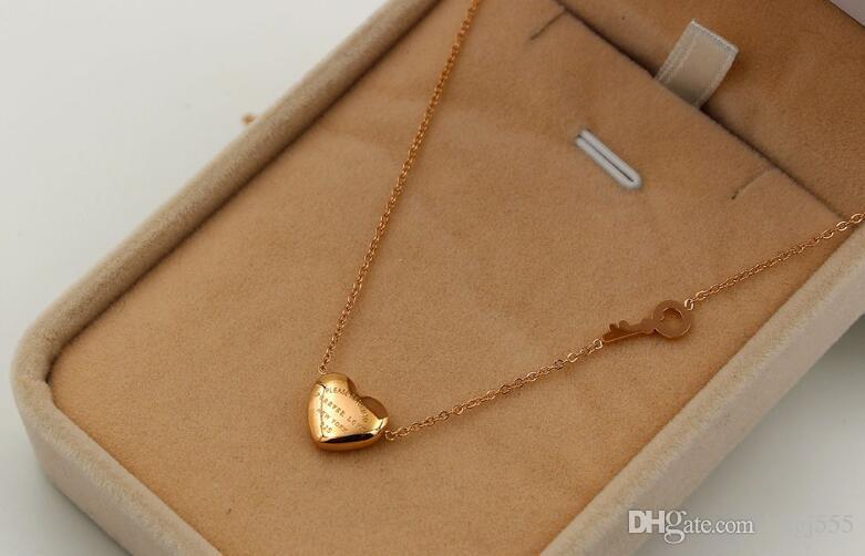 Titan Stahl Ornament für immer Liebe Herz Schlüssel Halskette 18K Rose Gold Herzform Keystone Halskette