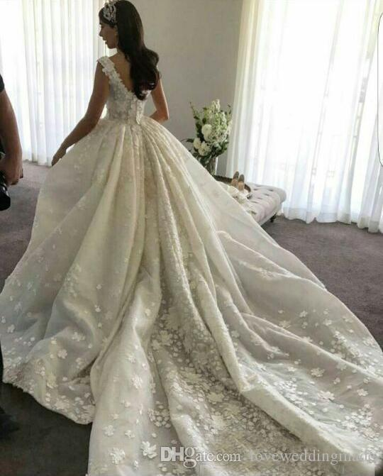 2018 Gorgeous 3D-Appliqued Ball Gown Wedding Dresses Elie Saab Beaded Sleeveless Puffy Ruffle Ivory Bridal Gowns With Long Train