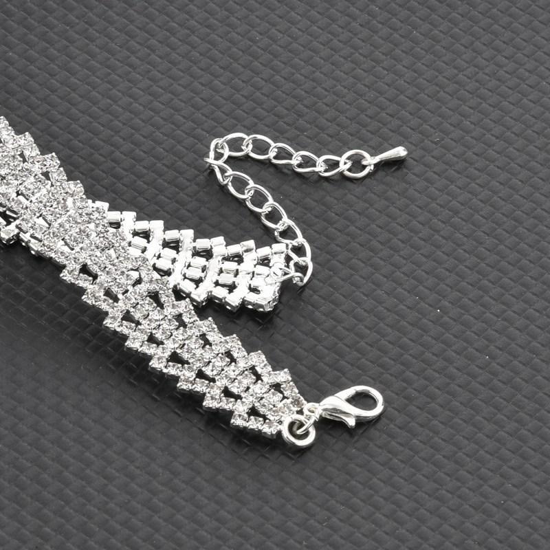 TOUCHEART 2018 Braccialetti di fascino di cristallo di lusso braccialetti le donne Bracciali di colore argento Femme gioielli da sposa SBR170073