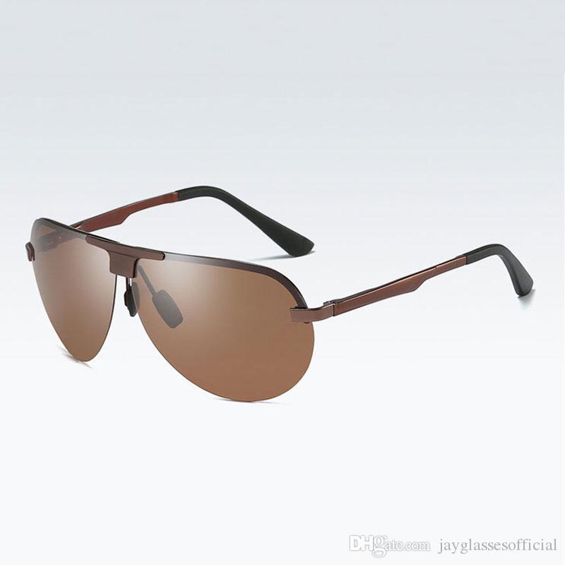 1026f331ff931 Compre 2018 Clássico Óculos De Sol Para Homens Marca Designer De Viagem  Sapo Homens Boa Qualidade Óculos Clássico Sem Aro Masculino Polarizada  Condução ...