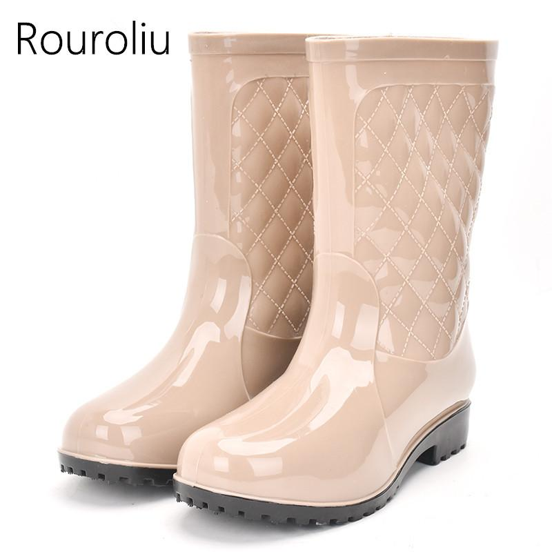 b9863e0be99 Rouroliu Non-slip Rain Boots Women PVC Waterproof Water Shoes Woman Wellies  Mid-Calf Rainboots Winter Warm Socks RT171