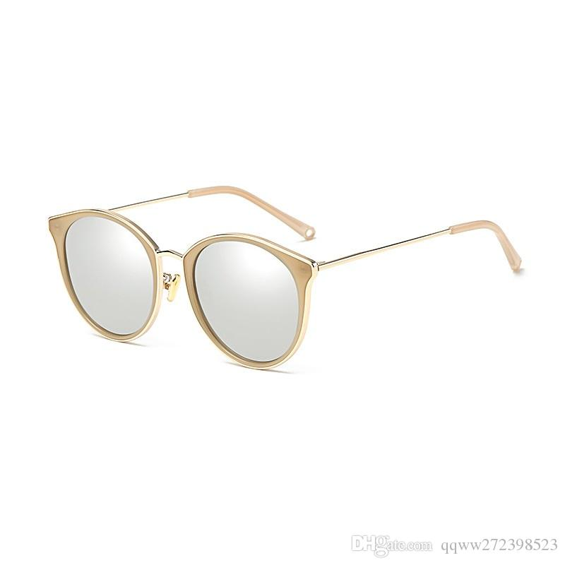 2567f6326 Compre Momo 5502 Novo 2018 Moda Polarizada Óculos De Sol Para Senhoras,  Filme Colorido Retro Óculos De Sol Por Atacado Hipster Necessário Coringa  Estilo ...