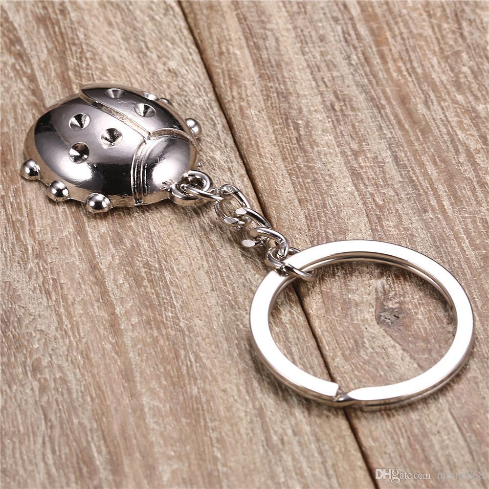 Metall Marienkäfer Keychain Schlüsselanhänger Mode Auto Marienkäfer Käfer Tasche Charms Anhänger Schöne Schlüsselhalter Schlüsselanhänger für Frauen Männer Geschenke