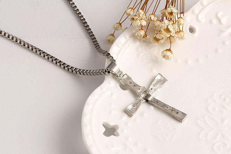 Europäischer und amerikanischer mehrschichtiger hängender Sternhalskettenedelstahl des Kreuzes heißer Verkaufsschmucksacheliebhaberanhänger freies Verschiffen