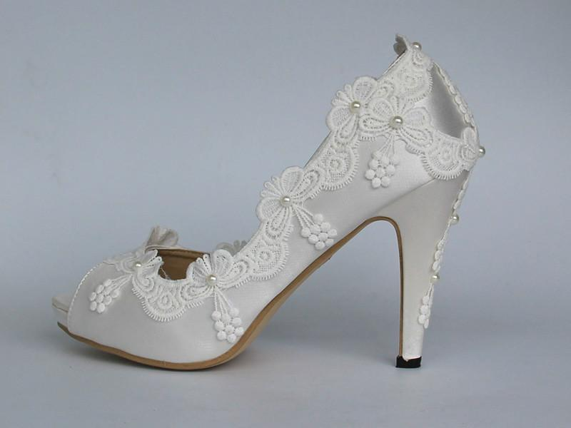 "3""heels White Ivory Silk Lace Closed Toe Wedding Shoes Bride Pumps Size 5  10 Flat Wedding Shoes For Bride Funky Wedding Shoes From Zh150108 f57ab178f9"